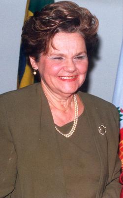 Profª Maria Helena de Almeida Lambert